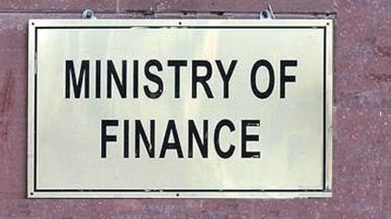 આવકવેરા વિભાગના 12 વરિષ્ઠ અધિકારીઓને ફરજિયાત સેવાનિવૃત્તિ અપાઈ