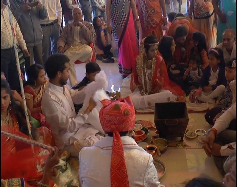 દાહોદ સંત કૃપા સત્સંગ પરિવાર દ્વારા દસમો  સર્વ જ્ઞાતિ સમૂહ લગ્નનું આયોજન