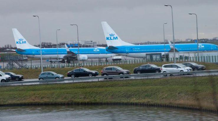 નેધરલેંડઃ વિમાન હાઈજેક એલાર્મ દબાઈ જવાના કારણે એરપોર્ટ પર અફરાતફરી